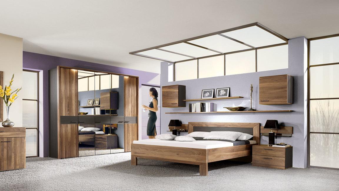 THIELEMEYER Schlafzimmer mit Massivholzmöbeln