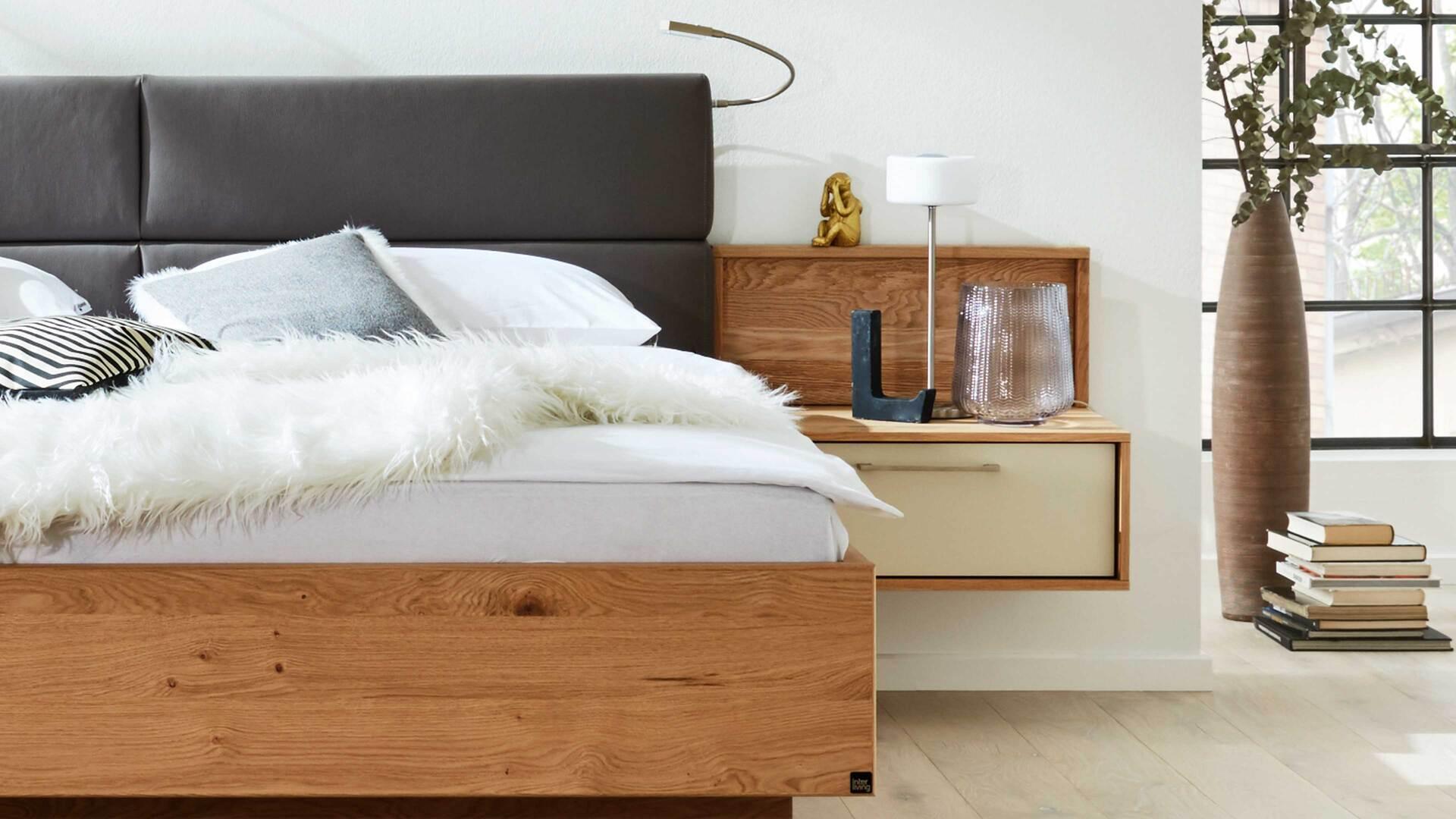 Interliving Schlafzimmer Serie 1002 – Komplettzimmer mit vielen Extras